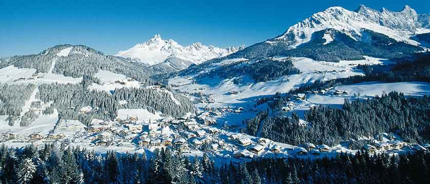 Austria_Filzmoos_village_view2.jpg